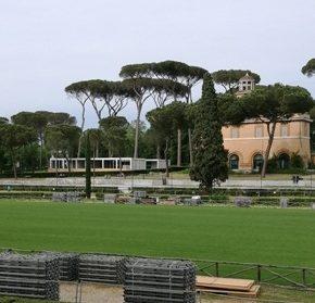 Villa Borghese, il nuovo prato di Piazza di Siena non regge. Il concorso ippico migra al Galoppatoio