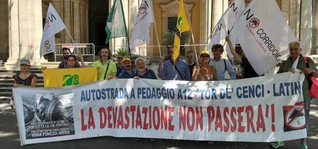 """Autostrada Roma-Latina, i cittadini fanno breccia. Il Ministero ai Comitati: """"Siamo con voi""""."""