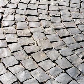 """Italia Nostra Roma: """"Una vergogna i sampietrini in vendita. Sono patrimonio dei cittadini"""""""